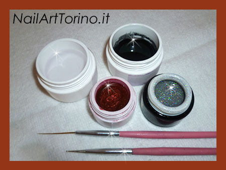 Nail Art Arancione Nero Materiali