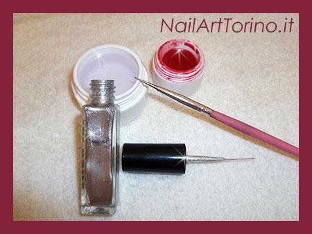 Nail Art Ciclamino Materiali