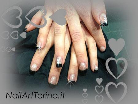 Nail Art Cuori Bianco Nero