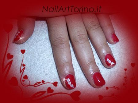 Nail Art Cuori Bianco Rosso Dettaglio