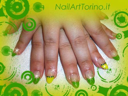 Nail Art Fluo Giallo Verde