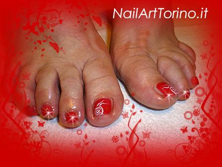 Nail Art Rose Bianche Piedi Dettaglio