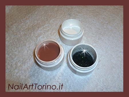 Unghie gel cover glitter nero materiali