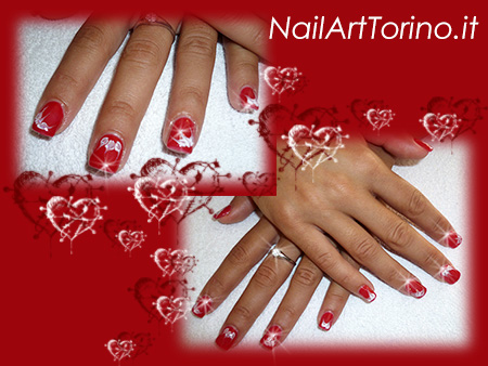 nail-art-per-san-valentino-cuori-bianco-glitter