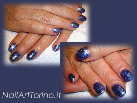 Nail-Art-total-color-blu-perlato