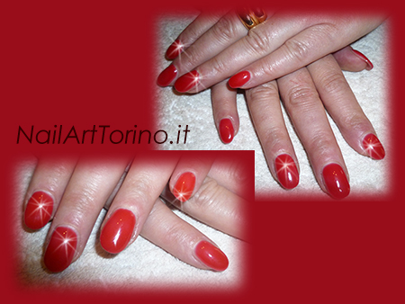 Nail-Art-total-color-rosso-arrotondate