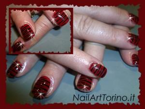 Nail Art stravaganti zebrato rosso