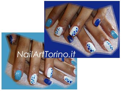 ricostruzione-unghie-in-gel-torino-pois-blu-azzurri